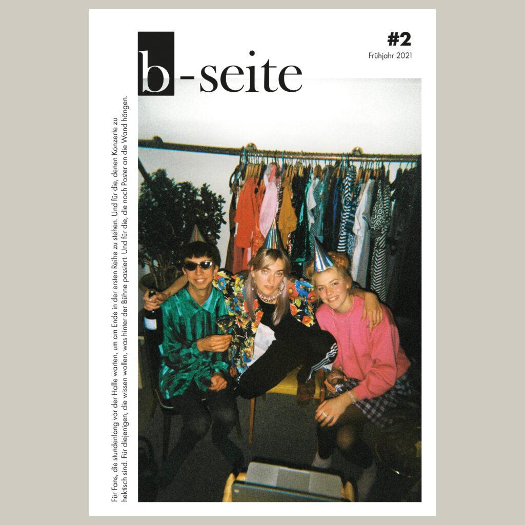 Cover der b-seite Ausgabe 2 mit Blond. Jetzt vorbestellen